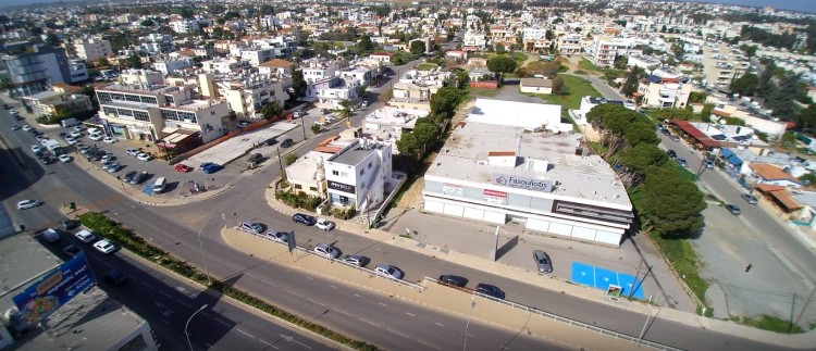 An exceptional Commercial Property for Sale or Rent at Metro Roundabout