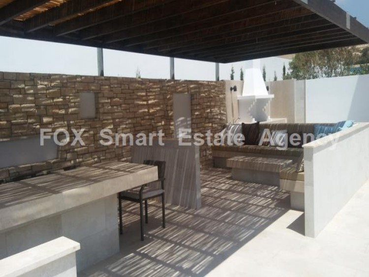 For Sale 4 Bedroom Detached House in Peyia, Pegeia, Paphos 22
