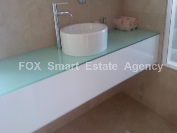 For Sale 4 Bedroom Detached House in Peyia, Pegeia, Paphos 31