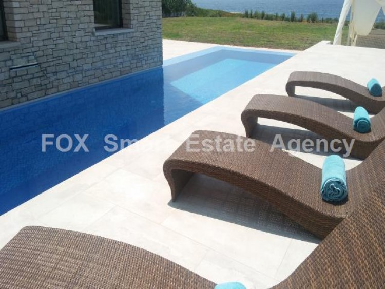 For Sale 4 Bedroom Detached House in Peyia, Pegeia, Paphos 6