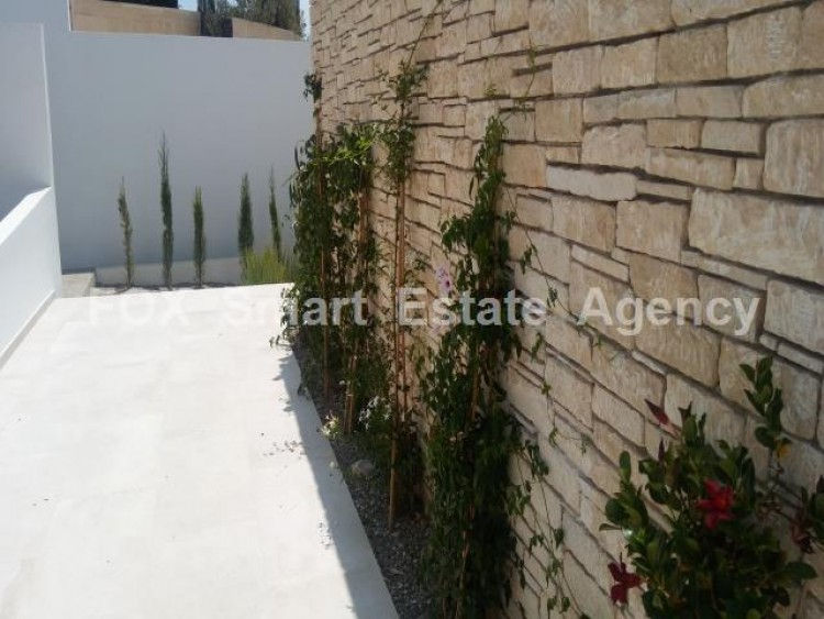 For Sale 4 Bedroom Detached House in Peyia, Pegeia, Paphos 8