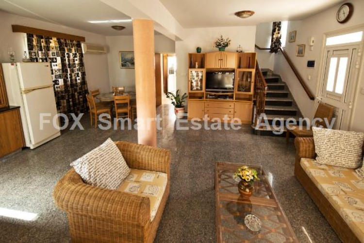 To Rent 4 Bedroom Detached House in Oroklini, Larnaca 3