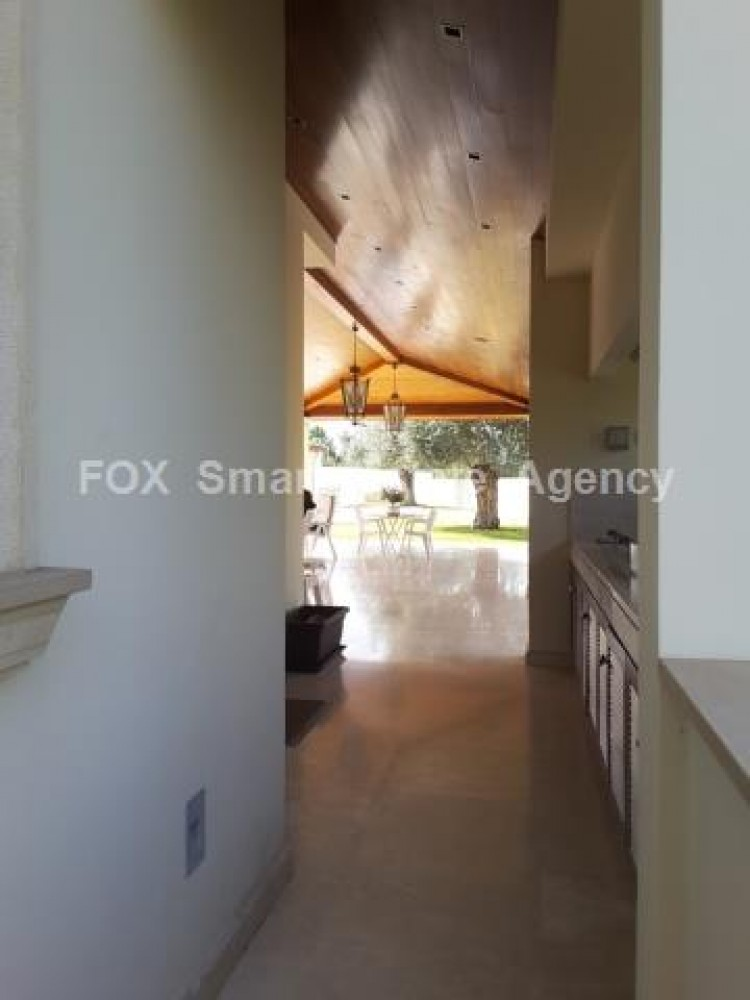 For Sale 5 Bedroom Detached House in Strovolos, Nicosia 4