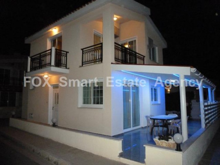 To Rent 4 Bedroom Detached House in Oroklini, Voroklini (oroklini), Larnaca