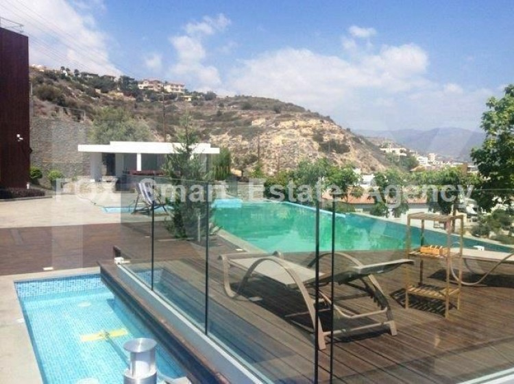 For Sale 6 Bedroom Detached House in Germasogeia, Limassol 2