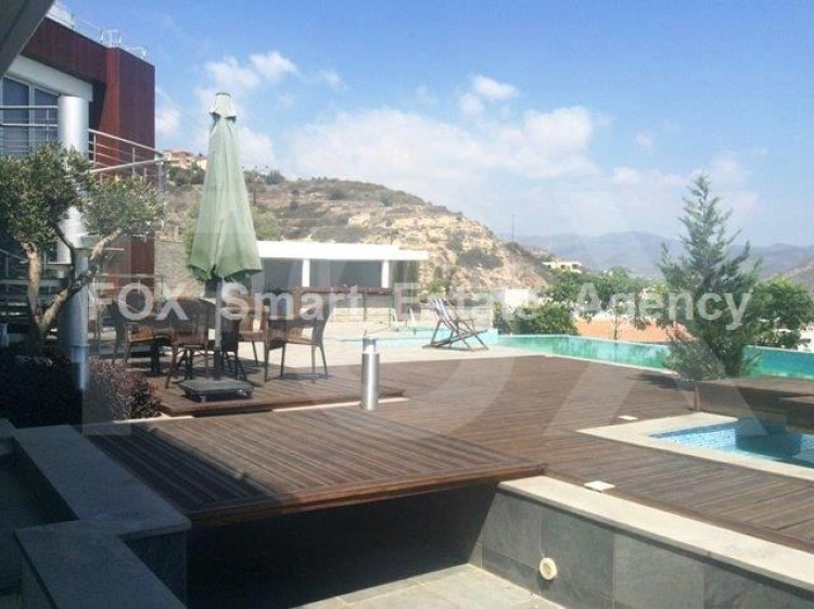 For Sale 6 Bedroom Detached House in Germasogeia, Limassol 3