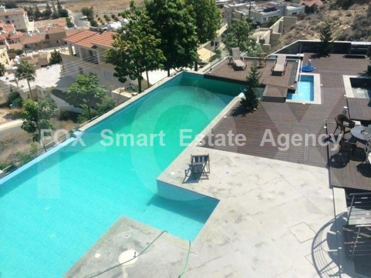 For Sale 6 Bedroom Detached House in Germasogeia, Limassol 33