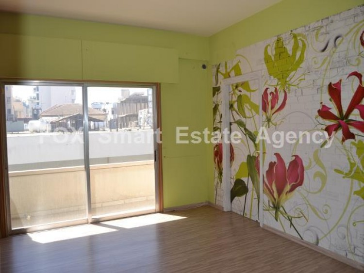 Property to Rent in Larnaca, Phinikoudes Area, Cyprus