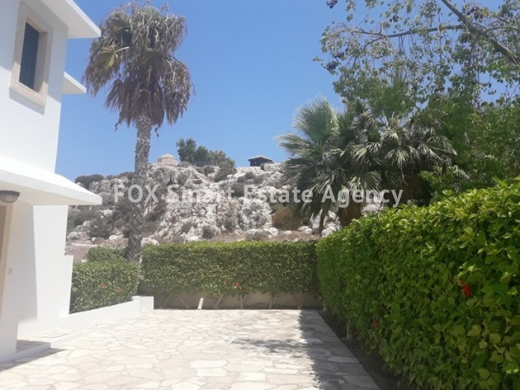 To Rent 3 Bedroom Detached House in Profitis elias, Famagusta 14