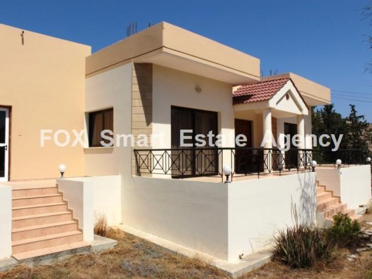 To Rent 4 Bedroom Detached House in Moni, Limassol 3