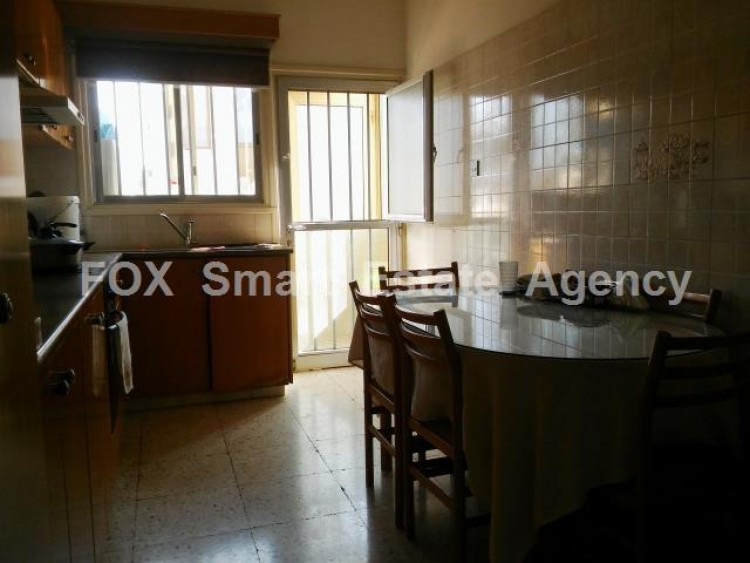 For Sale 3 Bedroom Upper floor (2-floor building) House in Drosia, Larnaca 11