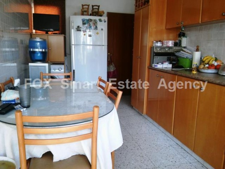 For Sale 3 Bedroom Upper floor (2-floor building) House in Drosia, Larnaca 12