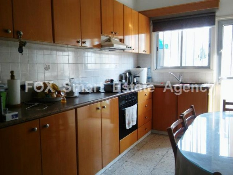 For Sale 3 Bedroom Upper floor (2-floor building) House in Drosia, Larnaca 13