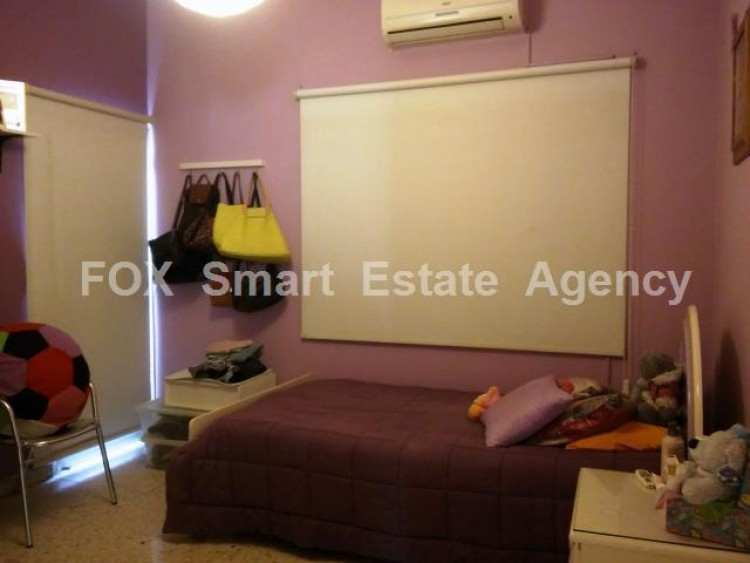 For Sale 3 Bedroom Upper floor (2-floor building) House in Drosia, Larnaca 6