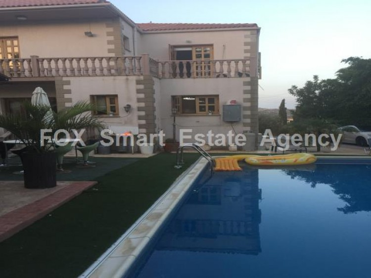 To Rent 4 Bedroom Semi-detached House in Anglisides, Larnaca