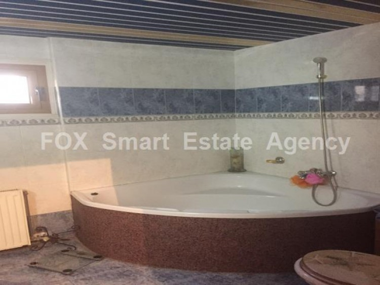 To Rent 4 Bedroom Semi-detached House in Anglisides, Larnaca 7