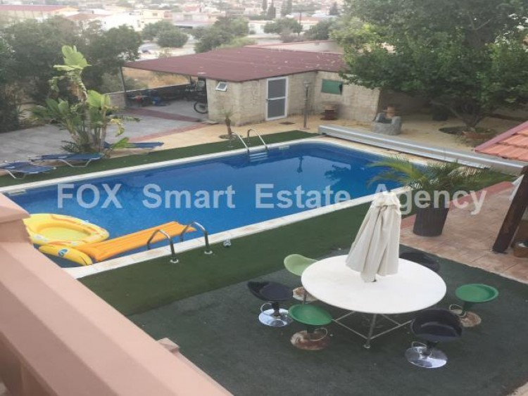 To Rent 4 Bedroom Semi-detached House in Anglisides, Larnaca 9
