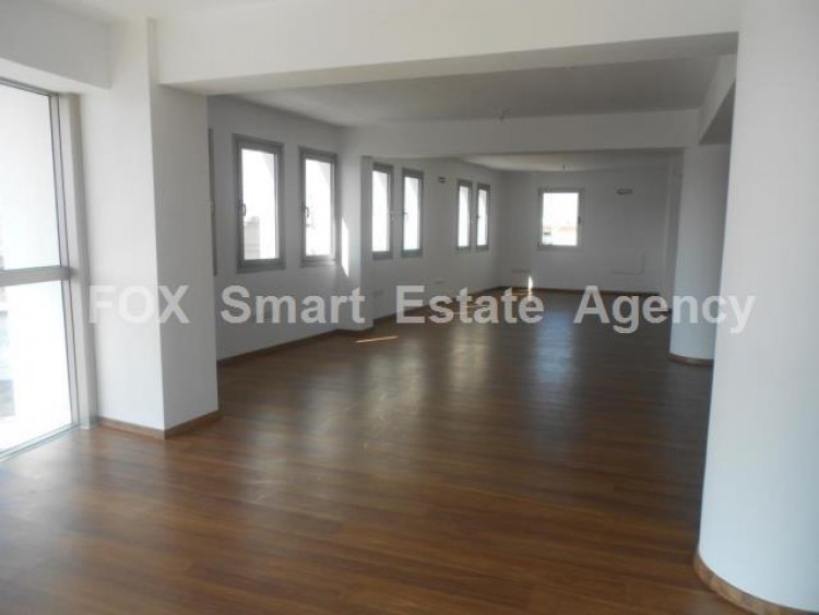 Luxury Fully Furnished Offices for rent in Larnaca 2