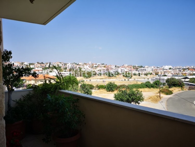 To Rent 4 Bedroom Whole floor Apartment in Agia filaxi, Agia Fylaxis, Limassol 16