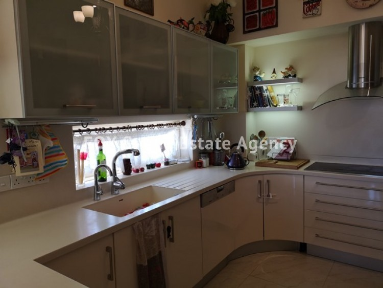 To Rent 4 Bedroom Whole floor Apartment in Agia filaxi, Agia Fylaxis, Limassol 2