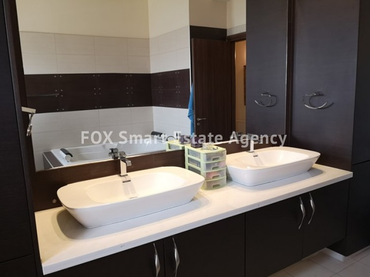 To Rent 4 Bedroom Whole floor Apartment in Agia filaxi, Agia Fylaxis, Limassol 5