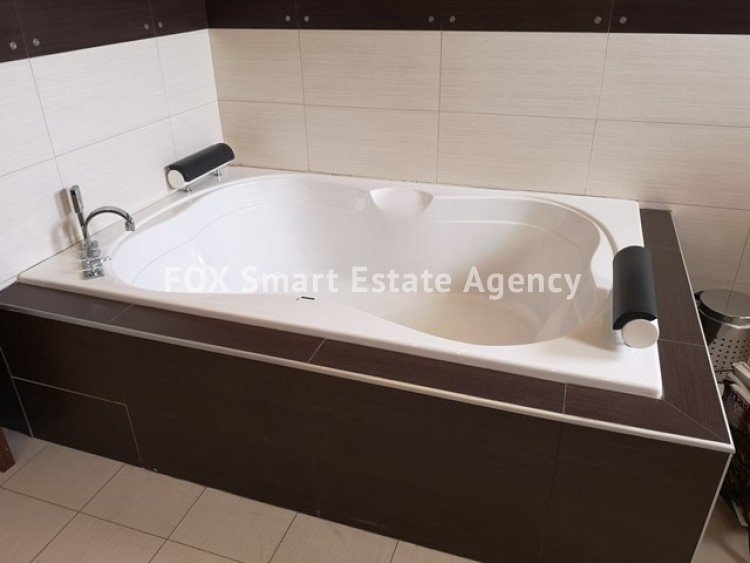To Rent 4 Bedroom Whole floor Apartment in Agia filaxi, Agia Fylaxis, Limassol 6