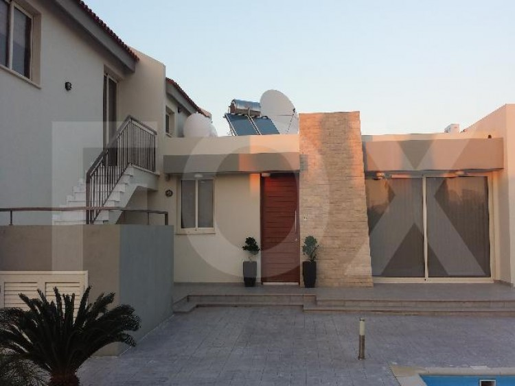 To Rent 3 Bedroom Detached House in Pervolia , Perivolia Larnakas, Larnaca