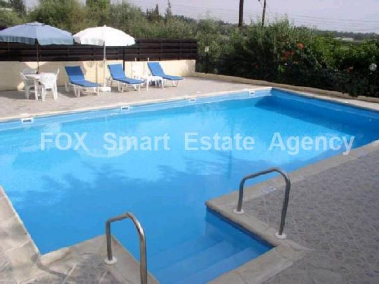 To Rent 4 Bedroom Detached House in Geroskipou, Paphos