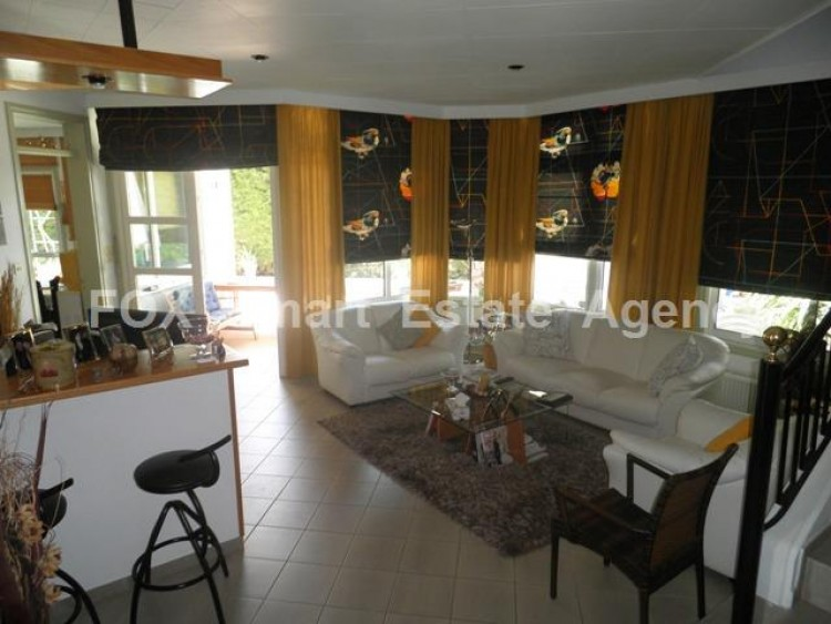 To Rent 4 Bedroom Detached House in Strovolos, Nicosia 5