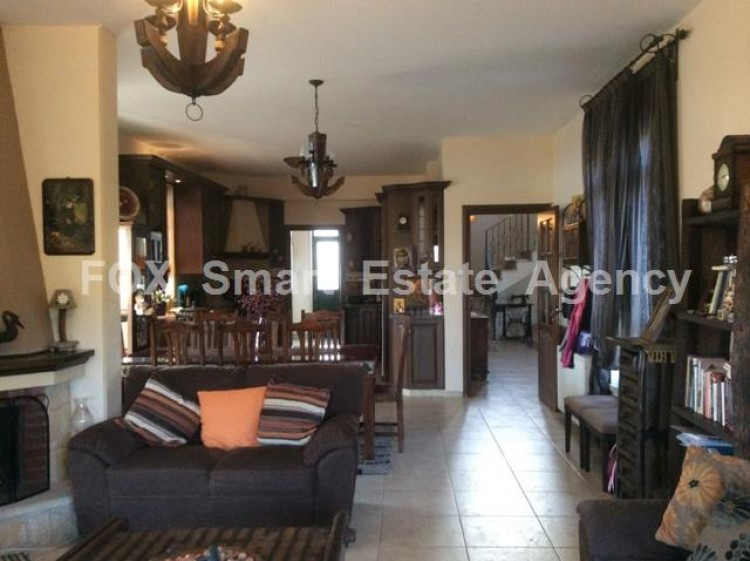 To Rent 4 Bedroom Detached House in Apesia, Limassol 10