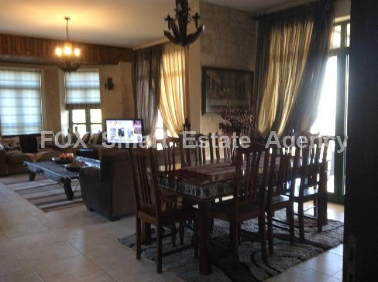To Rent 4 Bedroom Detached House in Apesia, Limassol 22