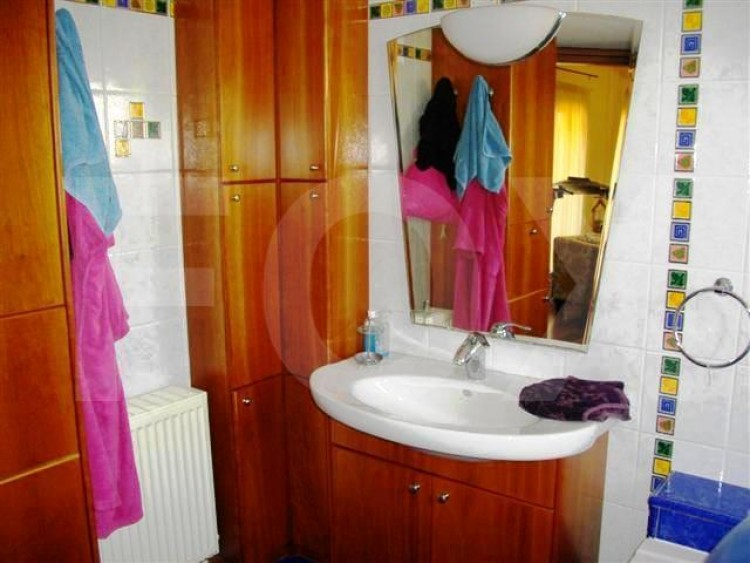 To Rent 4 Bedroom Detached House in Latsia, Nicosia 26