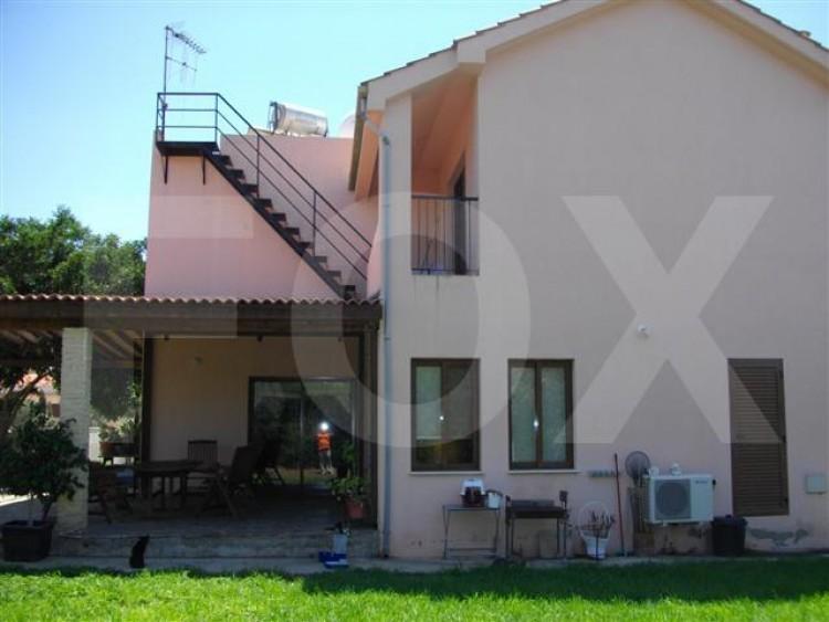 To Rent 4 Bedroom Detached House in Latsia, Nicosia 7