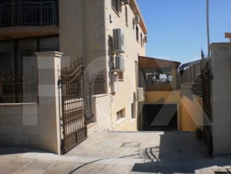 To Rent 4 Bedroom Detached House in Trachoni , Trachoni Lemesou, Limassol 9