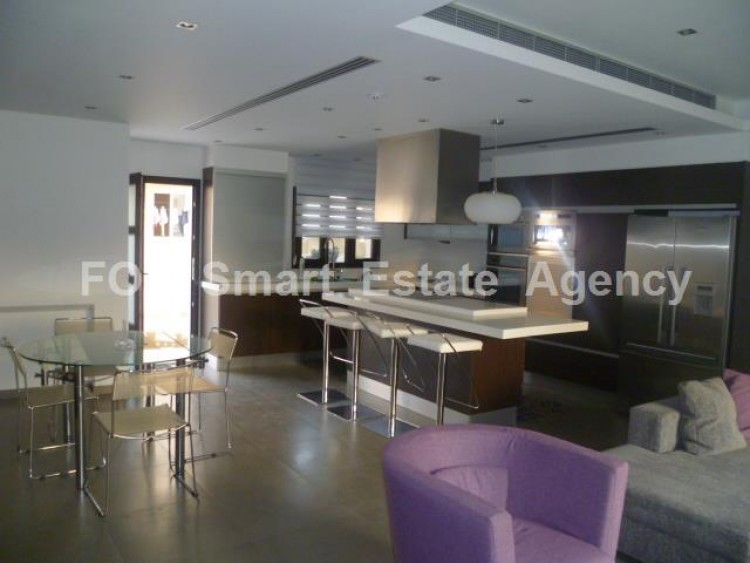 To Rent 4 Bedroom Detached House in Lakatameia, Nicosia 8