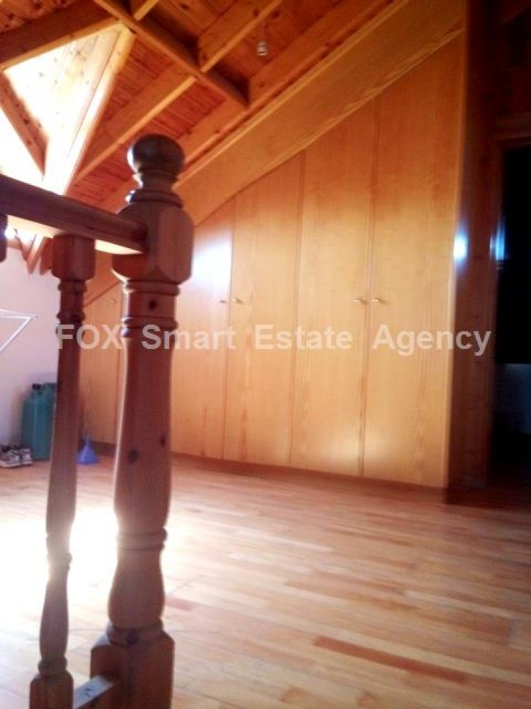 Country style wooden villa with swimming pool Opposite Carlsberg area 12