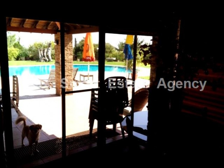 Country style wooden villa with swimming pool Opposite Carlsberg area 6