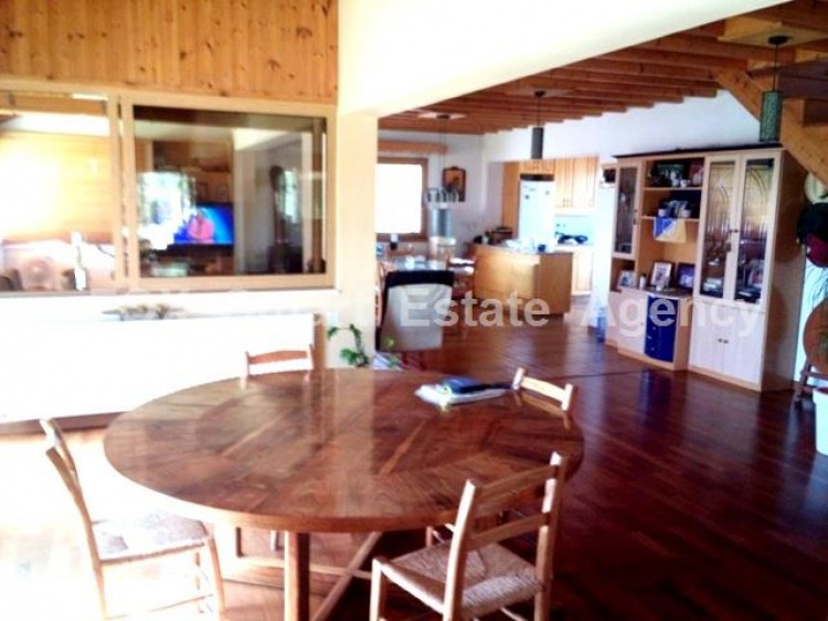 Country style wooden villa with swimming pool Opposite Carlsberg area 7