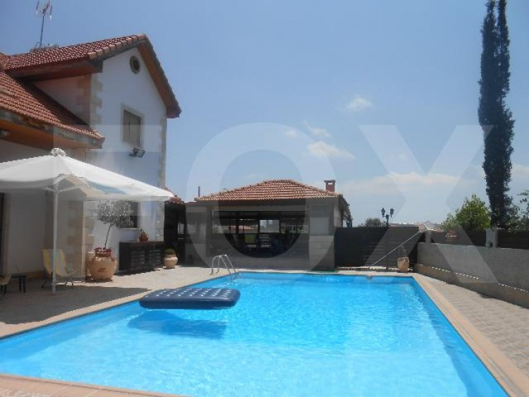 To Rent 4 Bedroom Detached House in Alampra, Nicosia