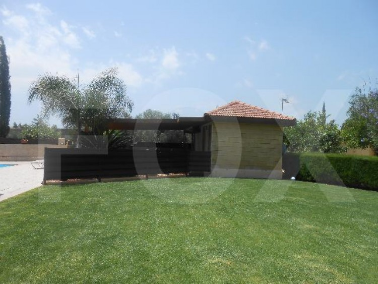 To Rent 4 Bedroom Detached House in Alampra, Nicosia 4