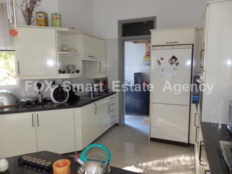 To Rent 3 Bedroom Detached House in Makedonitissa, Nicosia 11