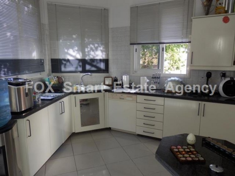To Rent 3 Bedroom Detached House in Makedonitissa, Nicosia 12