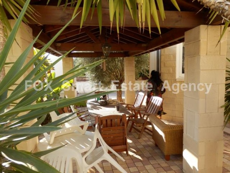 To Rent 3 Bedroom Detached House in Makedonitissa, Nicosia 16