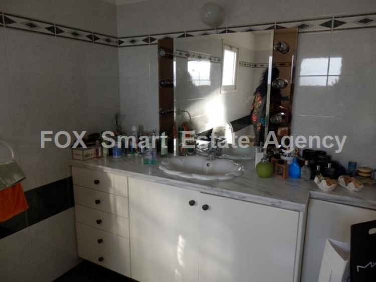 To Rent 3 Bedroom Detached House in Makedonitissa, Nicosia 22