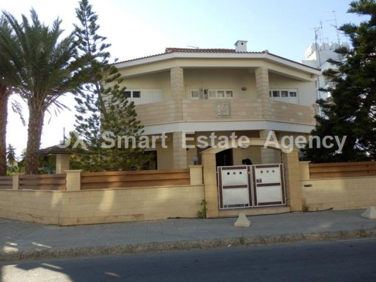 To Rent 3 Bedroom Detached House in Makedonitissa, Nicosia 24