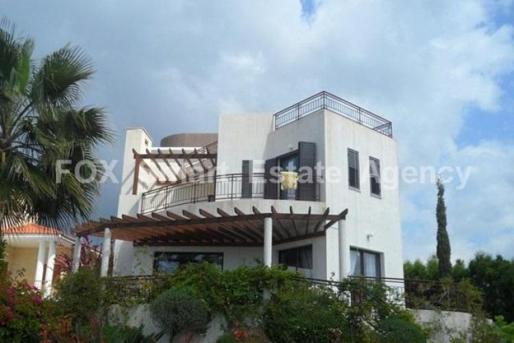 To Rent 4 Bedroom Detached House in Germasogeia, Limassol