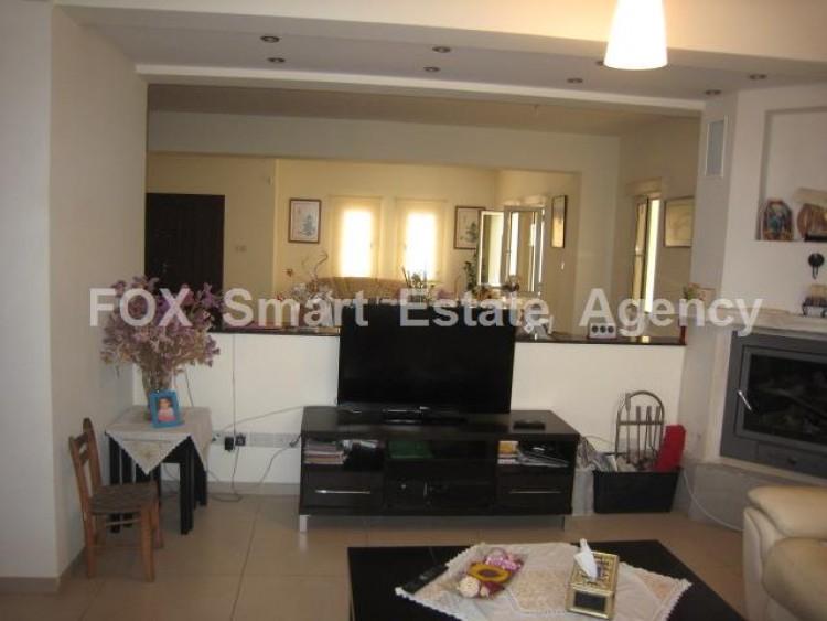 To Rent 6 Bedroom Detached House in Lakatameia, Nicosia 11