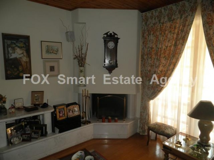 To Rent 5 Bedroom Detached House in Makedonitissa, Nicosia 11