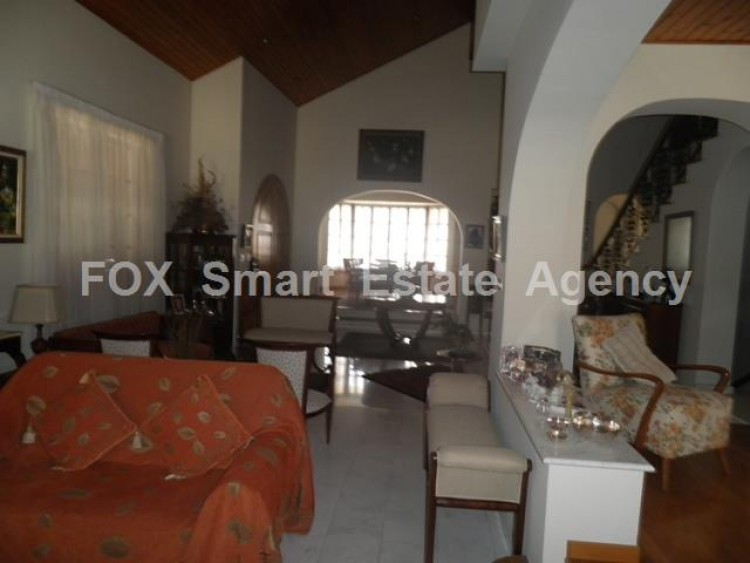 To Rent 5 Bedroom Detached House in Makedonitissa, Nicosia 12
