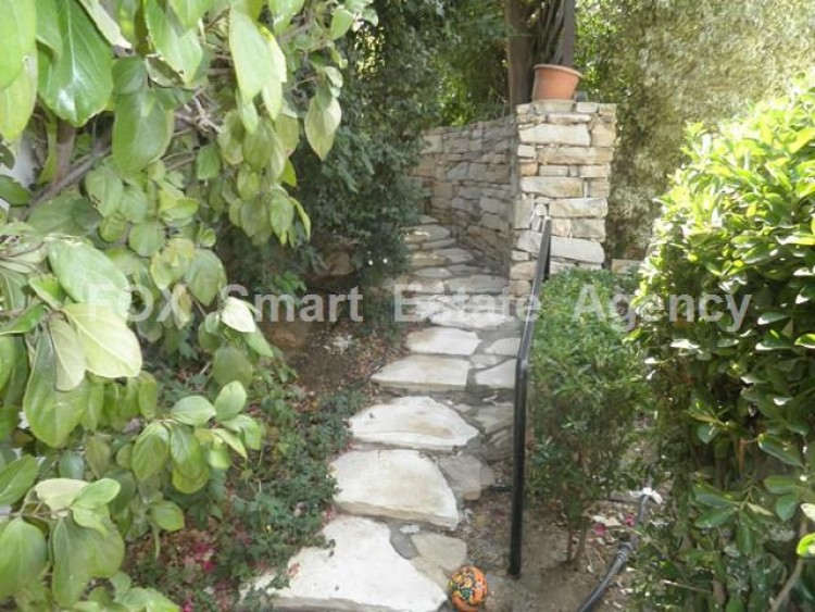 To Rent 5 Bedroom Detached House in Makedonitissa, Nicosia 31